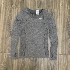 Women's Nike Dry-Fit Gray Long sleeve shirt Small